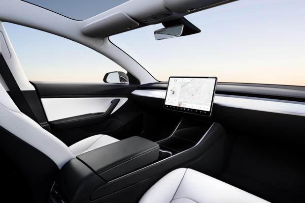 Tesla quiere lanzar taxis autónomos en 2020