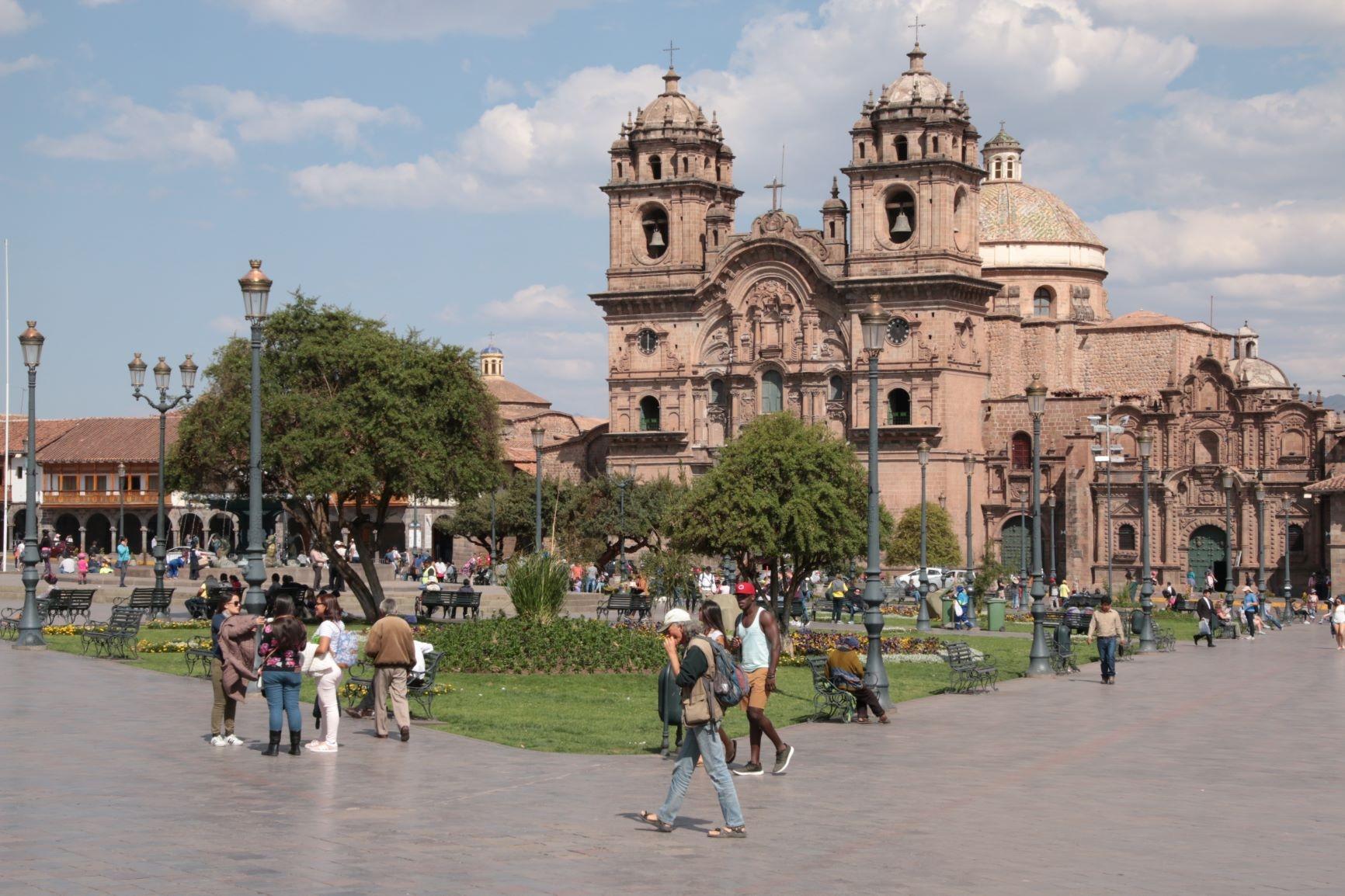 En Cuzco: ordenan la destrucción de un hotel Sheraton