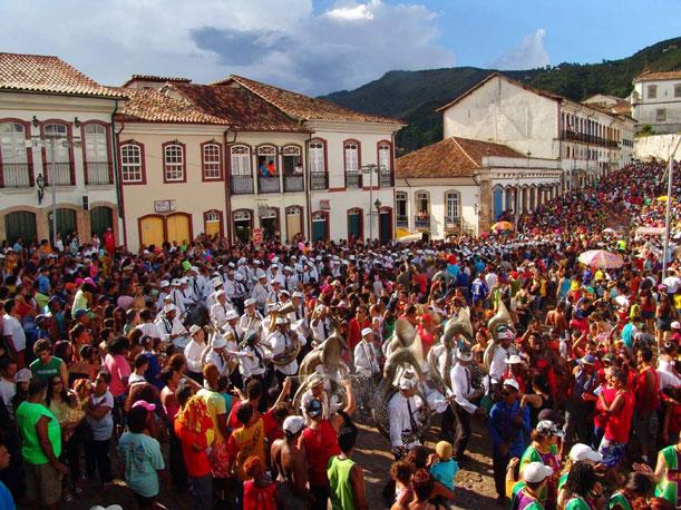El carnaval deMinas Gerais se vive en la calle