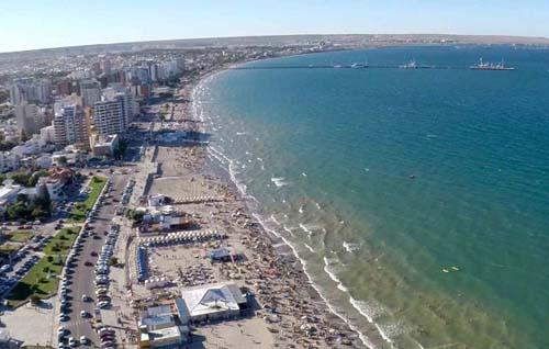 Un destino de verano con playas y buceo