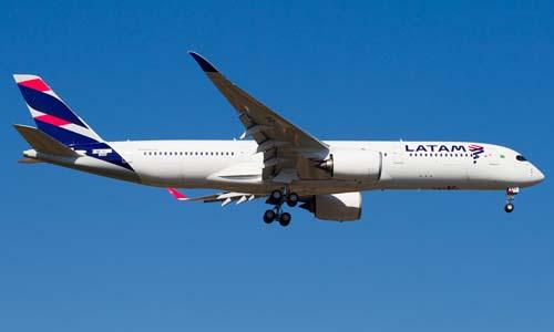 Latam lanza vuelo a Costa Rica