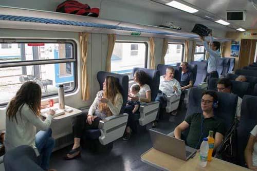Resultado de imagen para nuevos trenes argentinos de larga distancia