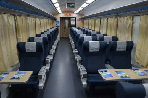 Resultado de imagen para Ver como son los trenes de larga distancia hoy en Argentina