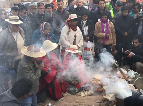 Los pueblos de los Andes rinden culto a la Pachamama