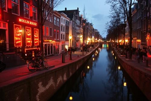 Amsterdam pone orden en el Barrio Rojo