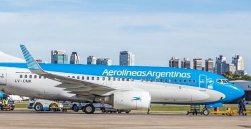 Aerolíneas Argentinas no despega de Aeroparque por una huelga
