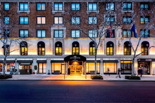 El Hotel Beacon de Nueva York se prepara para las fiestas