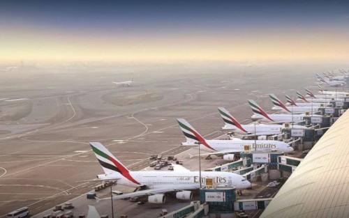El aeropuerto de Dubai cierra una pista hasta el 30 de mayo