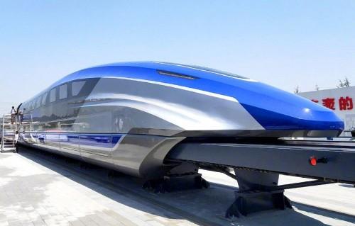 Por aire y tierra: proyectos para viajar siempre más rápido