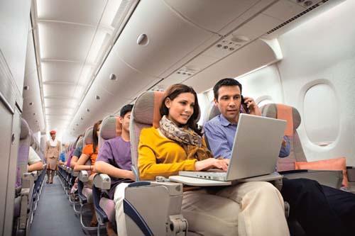Emirates ofrecerá este servicio gratuito en toda su flota