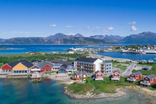 Una isla noruega decidió vivir fuera del tiempo