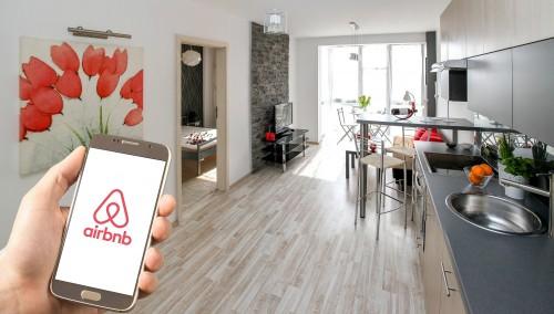 Airbnb promete ahora verificar las informaciones que publica