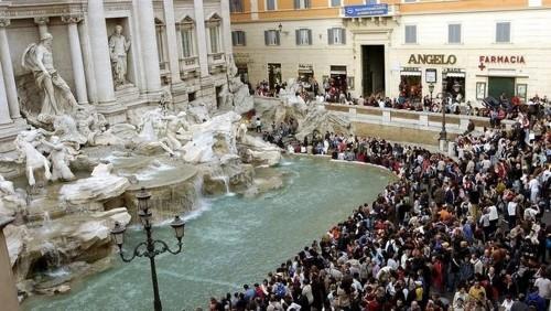 En Roma: quieren proteger la Fontana di Trevi