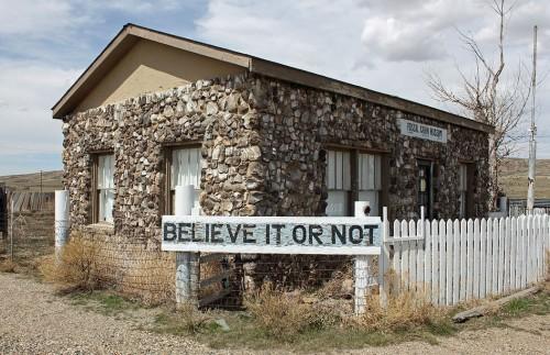 En Wyoming: una casa hecha con fósiles