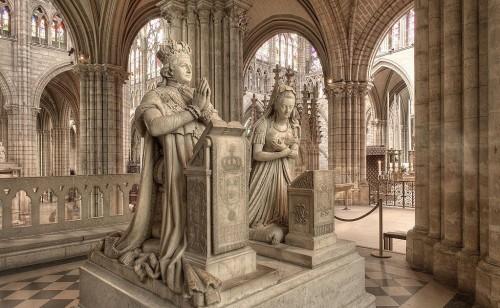 Durante la cuarentena: descubrí la necrópolis de los reyes de Francia