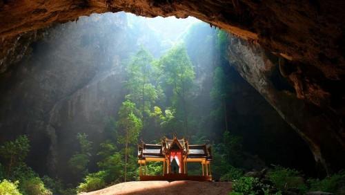 Una gruta de maravillas en Tailandia