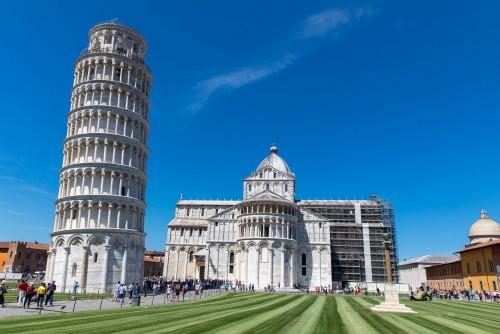 Durante la cuarentena: inclínate hacia la Torre de Pisa