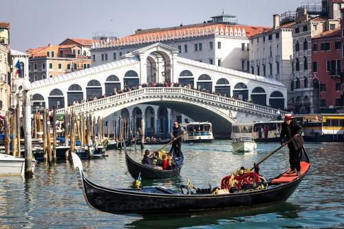 Como se fabrican las góndolas de Venecia
