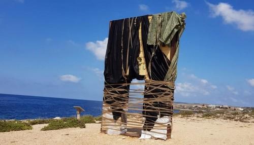 Cubrieron la Puerta de Europa en Lampedusa