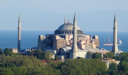 En Turquía: quieren transformar Santa Sofía en mezquita