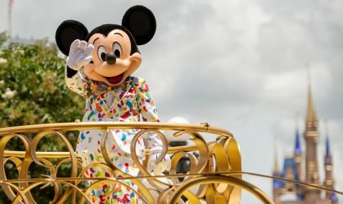 Así reabren los parques Disney en Estados Unidos y Francia
