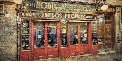 Cuales son los doce bares centenarios de Madrid
