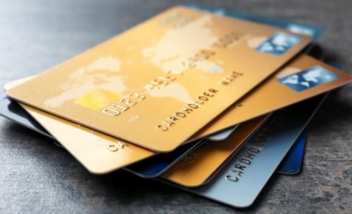 Cada semana: ingerimos una tarjeta de crédito