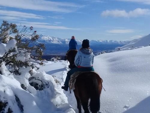 Una cabalgata por las montañas de Trevelin
