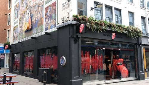 Abrió una tienda rolinga en Londres