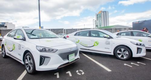 ¿Cuántos vehículos eléctricos circulan por América Latina?