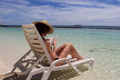 Mejor empleo del mundo: buscan un librero en las Maldivas