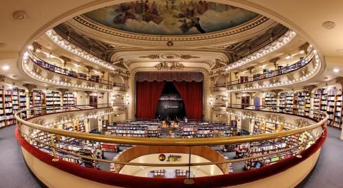 La librería más linda del mundo cumple 20 años