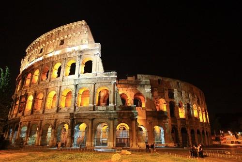Quieren volver a poner un piso en el Coliseo de Roma