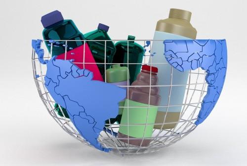 Solo 20 empresas producen la mitad del plástico de uso único