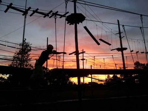 Horario nocturno deverano en el parque aéreo EucaTigre