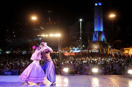 La ciudad ya prepara la XXXIº Fiesta de las Colectividades