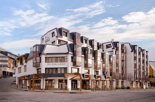 El grupo hotelero NH integra el tradicional hotel de Bariloche