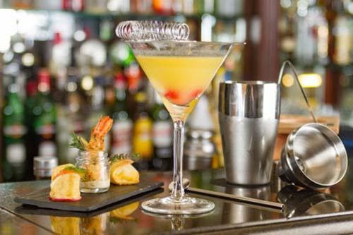 Noches de vodka en el Café Arroyo