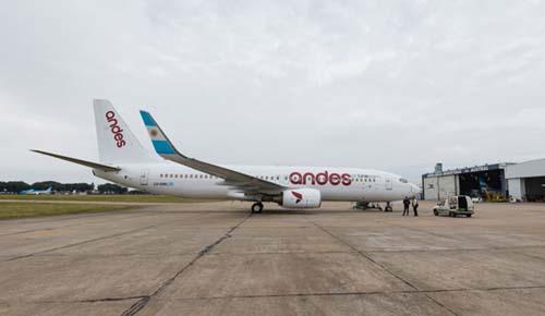La compañía sigue sumando rutas y ahora vuela entre Bariloche y Buenos Aires