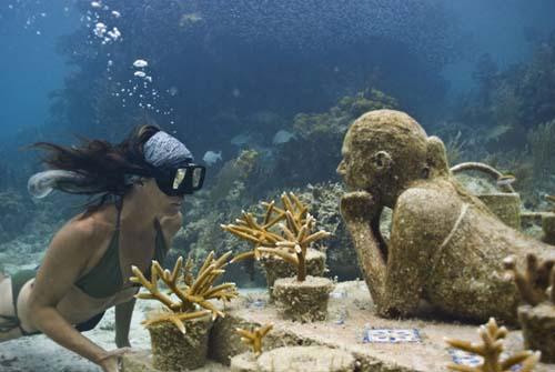 Hay unmuseo de arte bajo el agua en Cancún